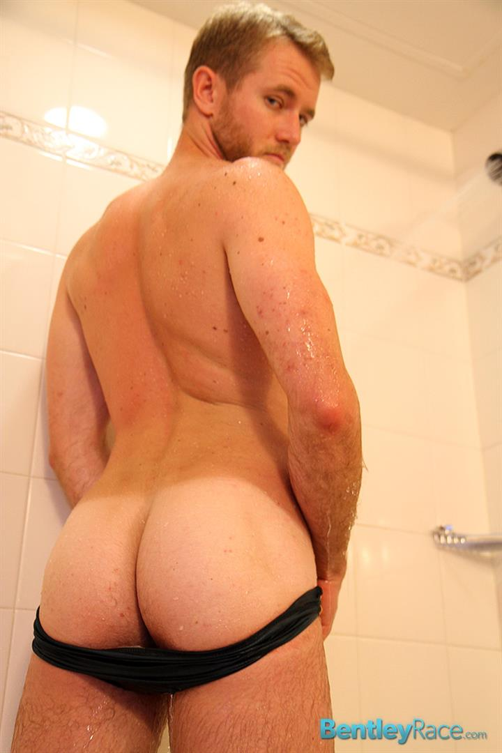 Bentley-Race-Drake-Temple-Hairy-Hunk-With-A-Big-Uncut-Cock-Twinks-Fucking-Amateur-Gay-Porn-10 Huge Amateur Uncut Thick Cock In The Shower
