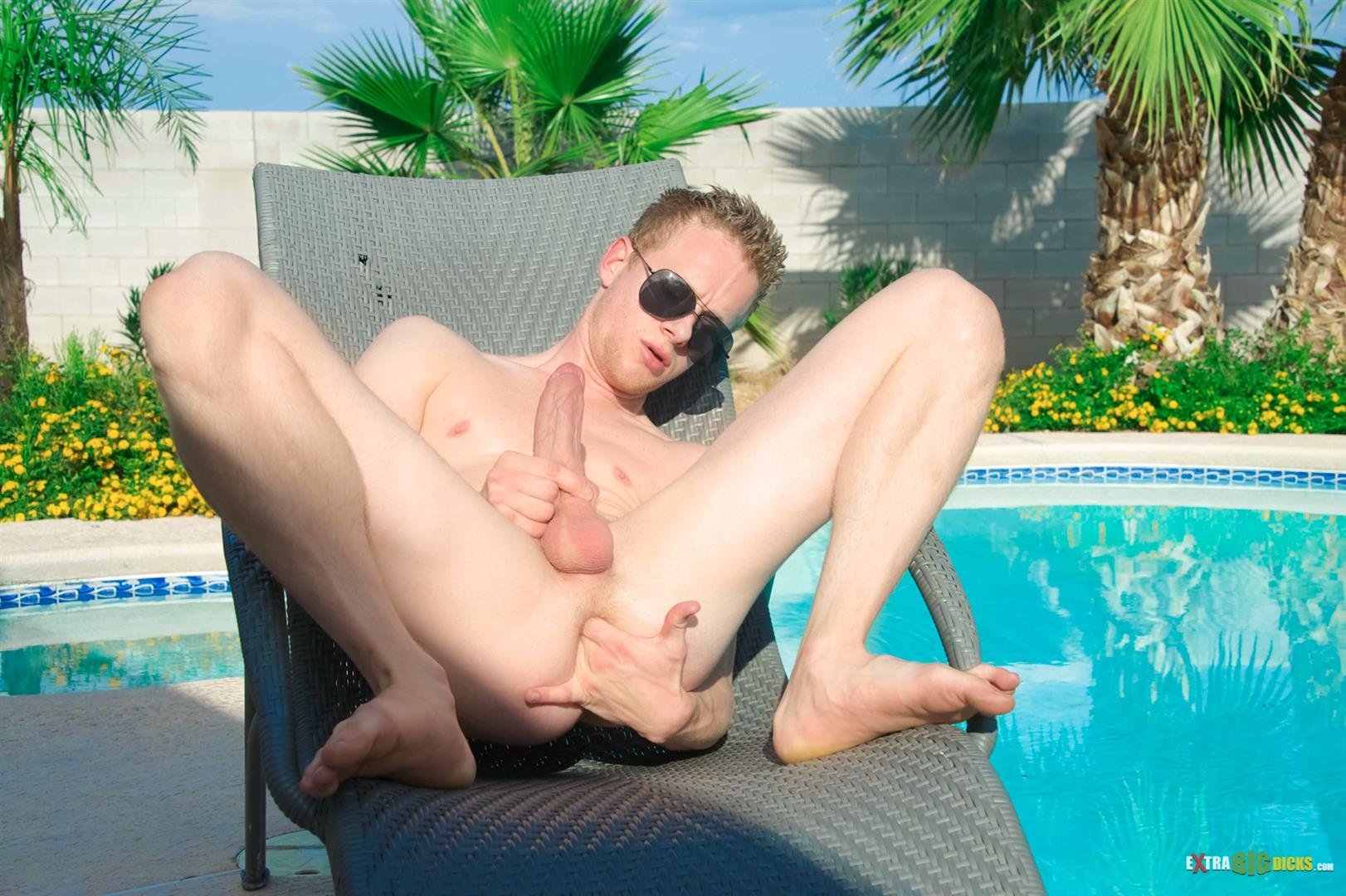 Extra-Big-Dicks-Liam-Harkmore-Huge-cock-jerkoff-with-dildo-Amateur-Gay-Porn-04 Amateur Young Guy Lays Out In The Florida Sun and Strokes His Big Long Cock