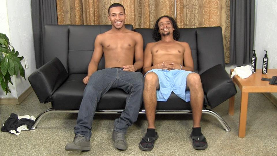 Straight-Fraternity-Nathan-and-Dade-Amateur-Striaght-Black-Guy-Gets-Barebacked-Amateur-Gay-Porn-03 20 Year Old Straight Black Guy Gets Barebacked For The First Time