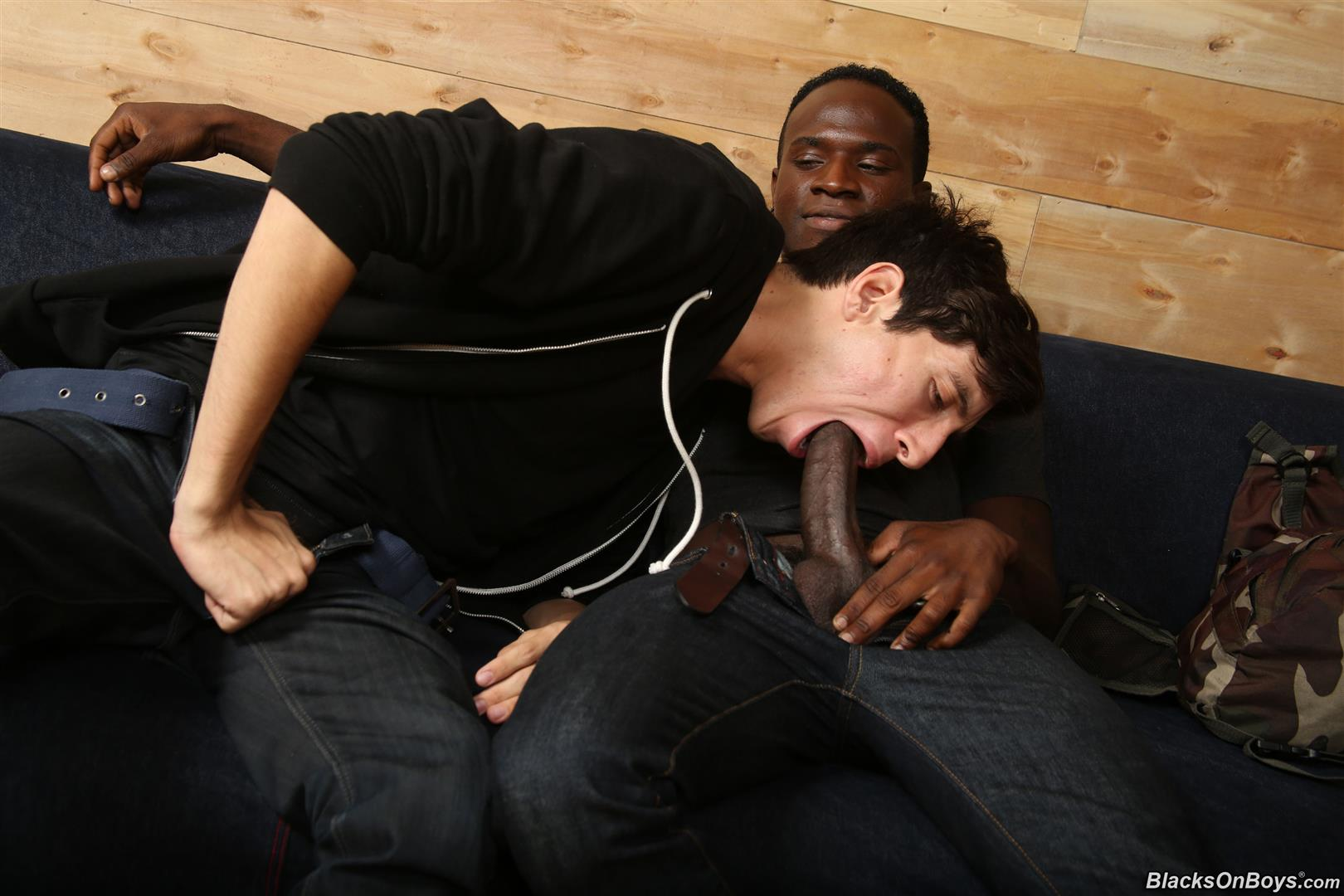 Blacks-On-Boys-Billy-Eastmore-and-Tyko-Interracial-Gay-Fucking-Amateur-Gay-Porn-04 Amateur College Dude Takes His First Big Black Cock Up The Ass