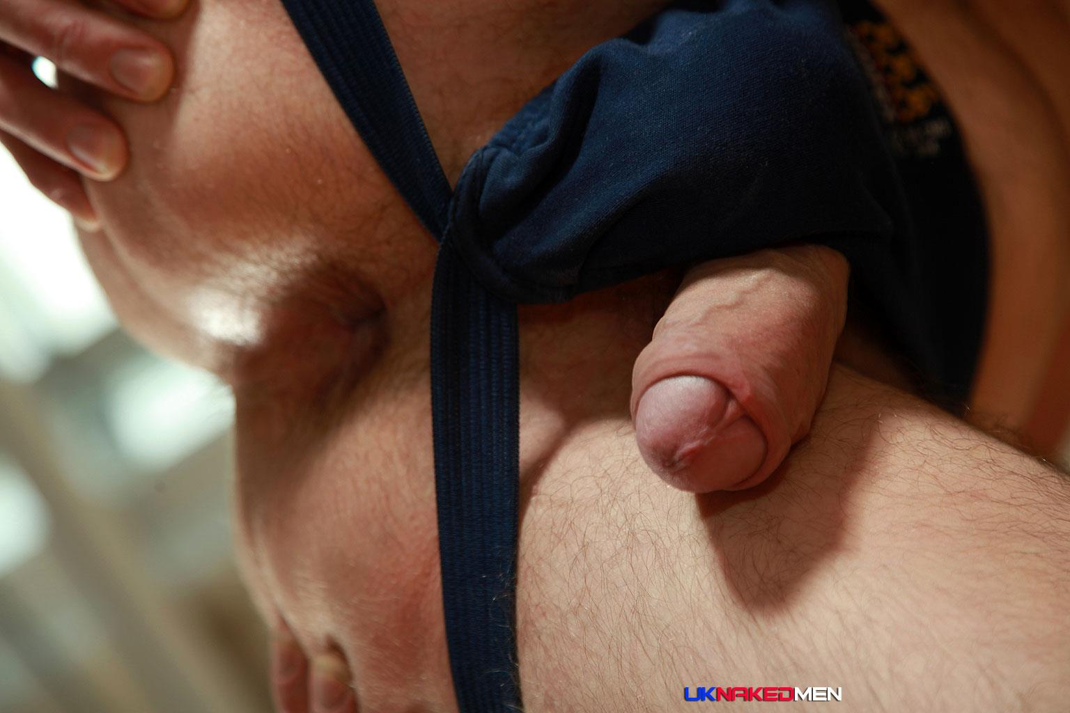 UK-Naked-Men-Tom-Long-Bearded-Guy-With-A-Big-Uncut-Cock-Jerk-Off-Amateur-Gay-Porn-14 Bearded Guy From England Jerking His Big Uncut Cock