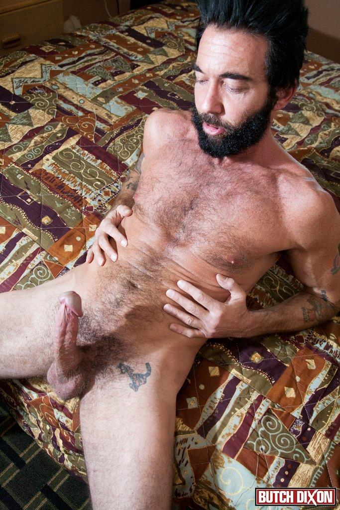 Butch-Dixon-Tom-Nero-Hairy-Daddy-Jerking-Off-A-Big-Fat-Mushroom-Head-Cock-Amateur-Gay-Porn-08 Hairy Stud Tom Nero Jerking His Thick Mushroom Head Cock