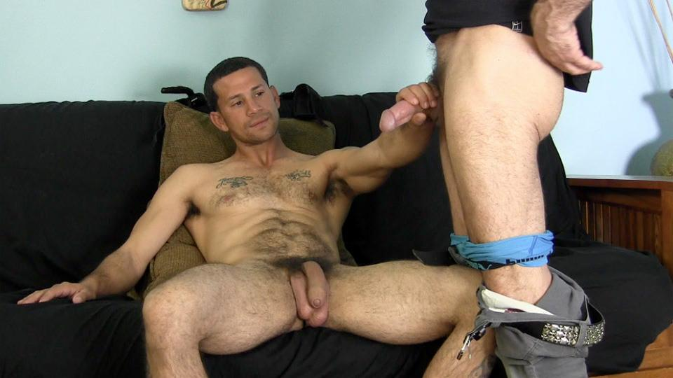 straight guys suck cock