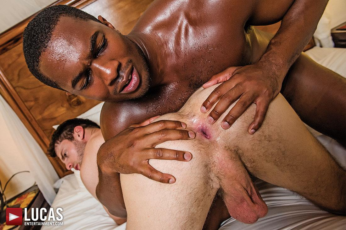 Lucas Entertainment Sean Xavier and Mark Edwin Interracial Bareback Big Black Dick Amateur Gay Porn 09 Getting Fucked Bareback By Sean Xaviers Big Black Cock