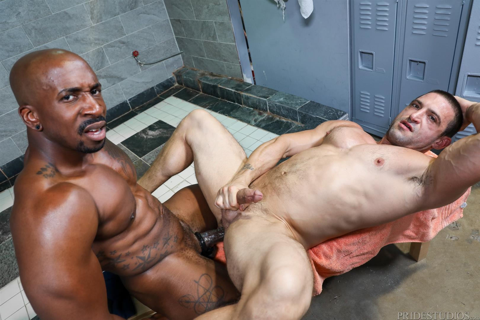 Extra-Big-Dicks-Max-Konnor-and-Ceasar-Ventura-Interracial-Bareback-Fucking-Big-Black-Cock-14 Cruising For Bareback Big Black Dick At The Gym