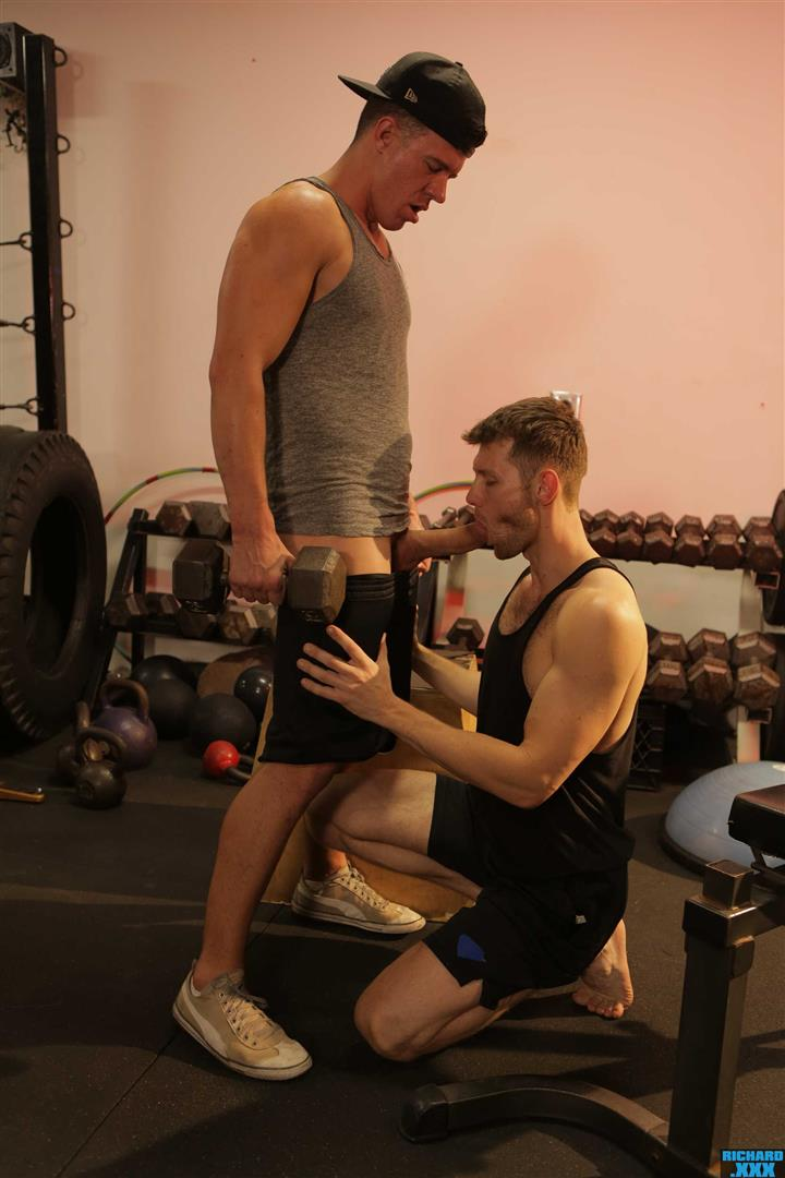 Richard-XXX-Jacob-Peterson-and-JJ-Knight-Big-Dick-Guys-Bareback-Sex-At-Gym-10 Boxing Buddies JJ Knight Barebacks Jacob Peterson At The Gym